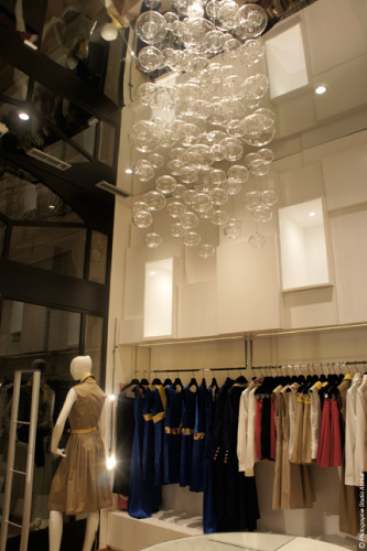 Architecture d coration flagship boutique pr t porter luxe for Boutique pret a porter decoration